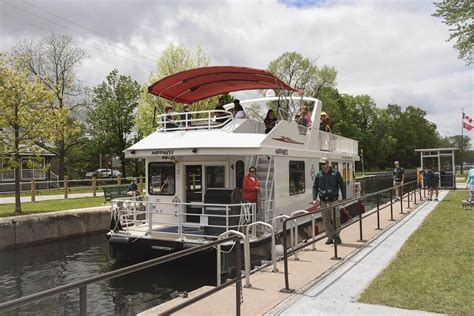 happy days house boats watch this drone video of locks on trent severn waterway news community