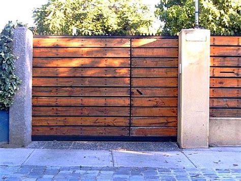 porton echo con palet portones porton madera horizontal jpg rustic pinterest