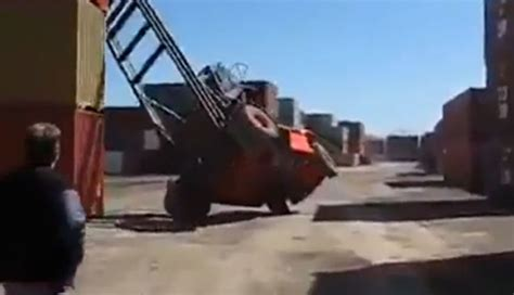 driving boat into lift forklift fail at the docks fail video ebaum s world