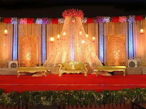 Wedding Flower And Decor by Indian Wedding Stage Decoration Best Wedding Decorator