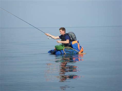 best pontoon boats for families best 25 fishing pontoon ideas on pinterest fishing