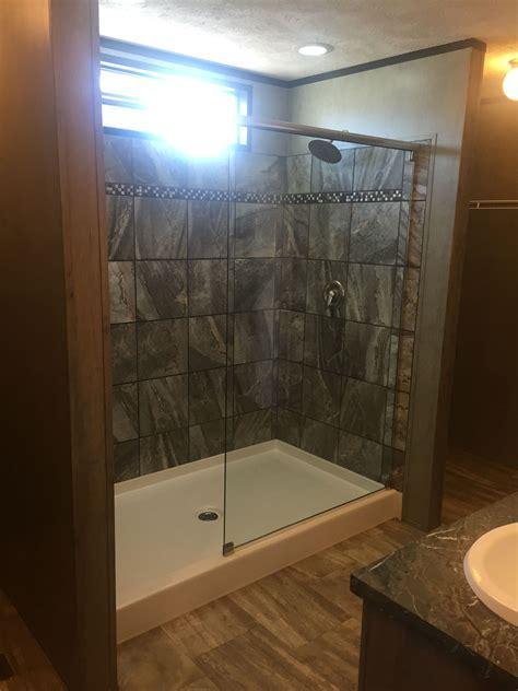 5125 Cruze 42 x 72 Shower Pan   Baymont Bathware
