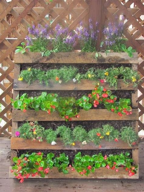 Wood Pallet Garden Ideas Diy Pallet Vertical Garden Projects Pallet Wood Projects