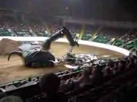 monster truck rally videos monster truck rally minnesota state fair 8 30 06 youtube