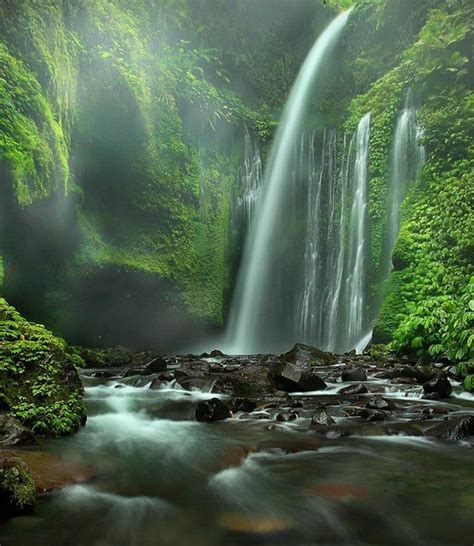 famous waterfalls in the world top 10 waterfalls in the world great pics pinterest