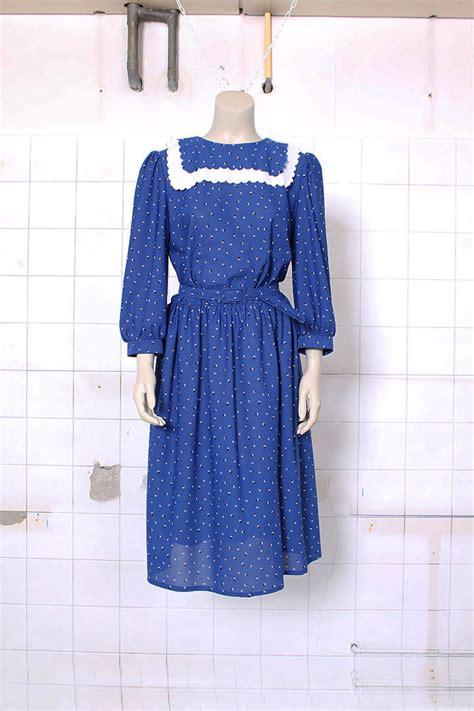 blauwe overhemd jurk blauwe vintage jurk met kraag en print froufrou s