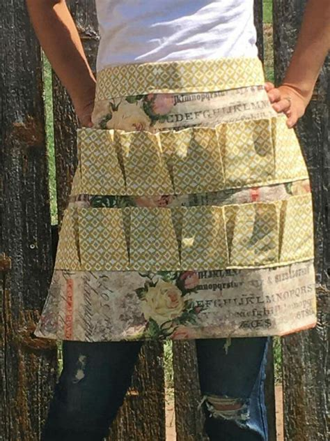 pattern egg gathering apron 380 best images about a is for apron on pinterest