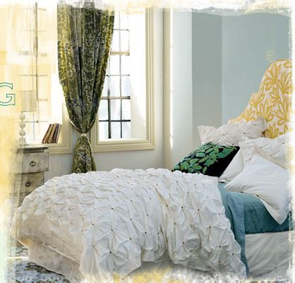 anthropologie bedroom inspiration anthropologie bedroom posted on www aphrochic blogspot