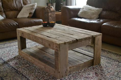 Furniture Made Out Of Wood Pallets by Rustic Table Made With Palletsdiy Pallet Furniture Diy Pallet Furniture