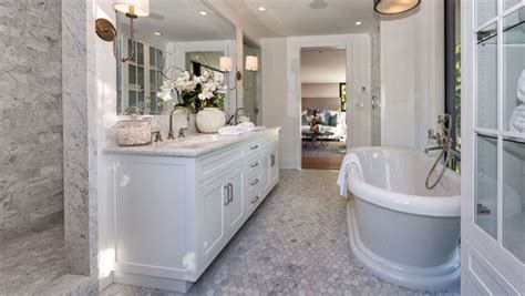 kylie jenners bathroom cool and charming new homes from kendall jenner home