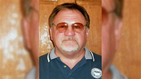 Belleville Il Court Records T Hodgkinson Alexandria Shooting Suspect Dies Of Injuries Cbs News