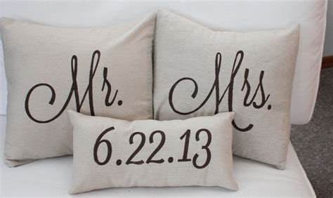 bridal guide fun quot mr and mrs quot wedding gifts