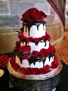 17 best ideas about red velvet wedding cake on pinterest red wedding cakes rustic red wedding