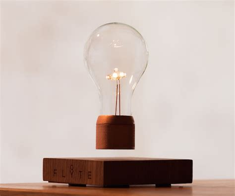 Floating Light Bulb | flyte floating light bulb