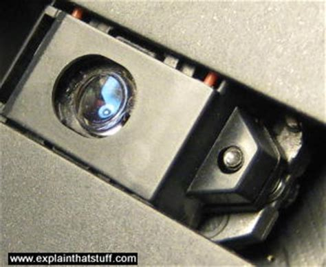 laser diode in dvd player how semiconductor laser diodes work explain that stuff