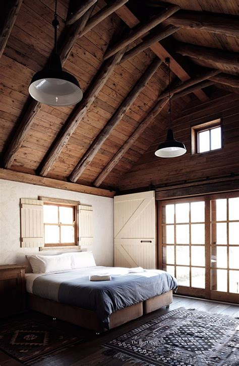 cozy  inviting barn bedroom design ideas interior god