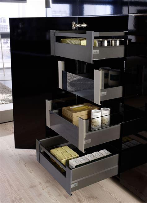 Kitchen Furnishing Ideas Ideas For Organising The Drawer Hettich