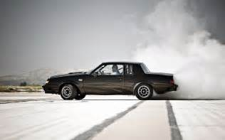 Buick Regal Grand National 2014 1987 Buick Regal Grand National Side Burnout 3 Photo 9