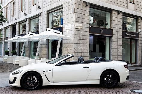 Maserati Store Locator by Maserati Opens High End Retail Store And Lounge In Milan
