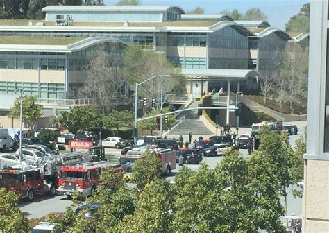 youtube offices youtube hq woman shooter dead after firing at employees