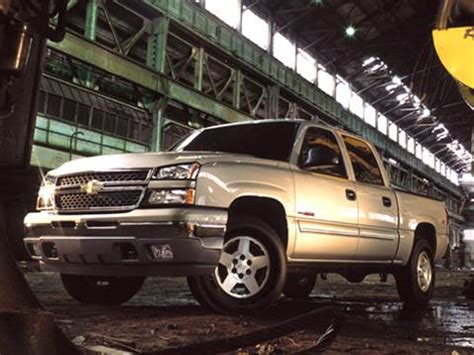blue book value for used cars 2006 chevrolet avalanche 2500 lane departure warning 2006 chevrolet silverado 1500 crew cab pricing ratings reviews kelley blue book