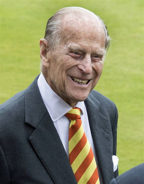prince philip prince philip health fears as queen calls buckingham