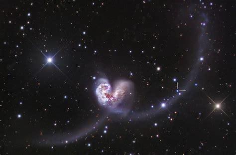 antennae galaxies  pair  merging galaxies