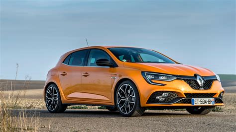 renault megane sport renault megane r s 2018 review sport cup and trophy