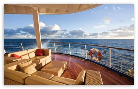 cruise and vacation desk wallpapers by color