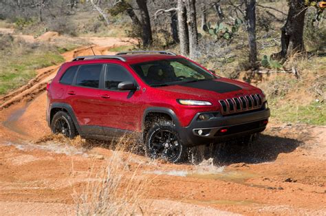 jeep cherokee totd jeep cherokee limited or jeep grand cherokee laredo