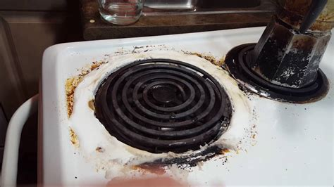What Is A Ceramic Stove Top by How To Remove Burnt On Grease From Ceramic Stove Top To