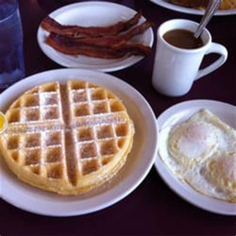 waffle house branson mo belgian waffle pancake house 27 photos breakfast brunch branson mo