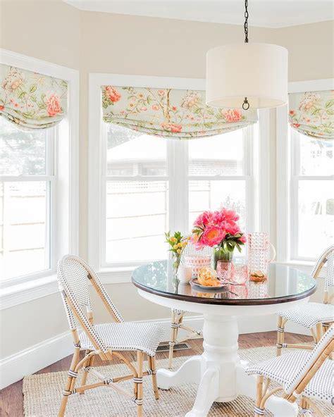 bay window breakfast nook design ideas