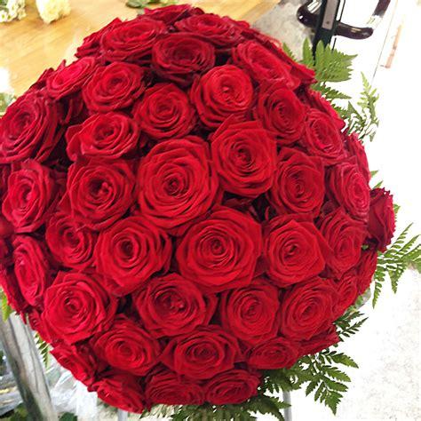 foto fiori rosse bouquet rosse vb25 187 regardsdefemmes