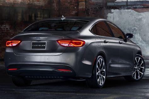2015 chrysler 200 c sedan used 2015 chrysler 200 sedan pricing for sale edmunds