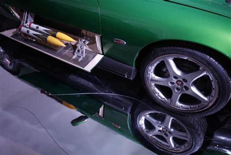 pemeran film balap mobil 15 foto mobil mewah yang digunakan pemeran agen 007 pada