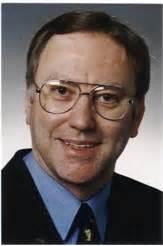 Lebenslauf Unterschrieben Email Dr Kurt Kreizberg Info Zur Person Mit Bilder News Links Personensuche Yasni De