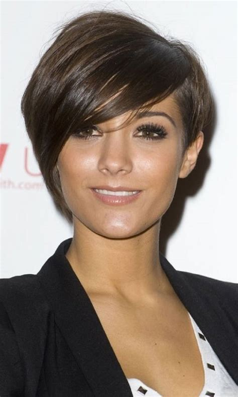 short haircuts cut toward the face pixie haircut the ultimate pixie cuts guide