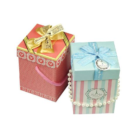 china cheap decorative christmas gift boxes small size
