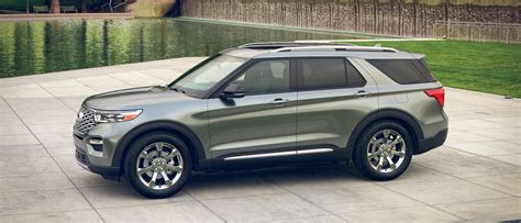 ford explorer spruce silvero akins ford