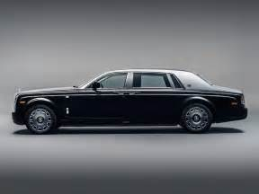 Rolls Royce Phantoms Bespoke Rolls Royce Phantom Zahra Emanates School Luxury