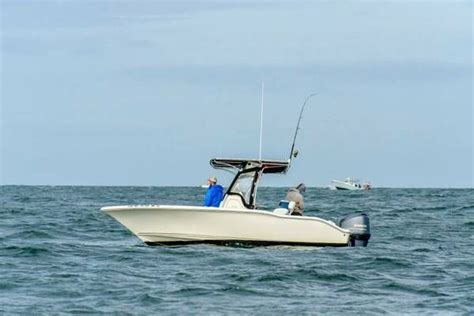 bluewater boats usa key west bluewater 211 2013 for sale for 38 000 boats