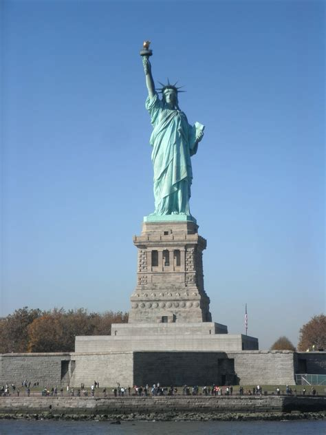 la statua della libert 224 e liberty island viaggi verde acido