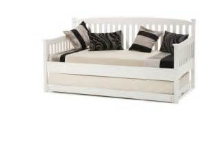 Daybed With Guest Bed And Mattress Day Beds Serene Eleanor Day Bed Click 4 Beds