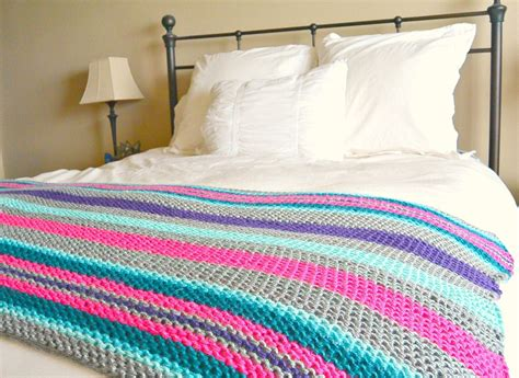 knit blanket pattern beginner stripes knit blanket pattern favecrafts