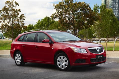 holden cruze sports 2013 holden cruze sportwagon review caradvice