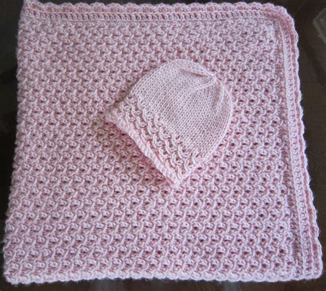 newborn baby blanket knitting patterns sea trail grandmas free knit pattern newborn hat and