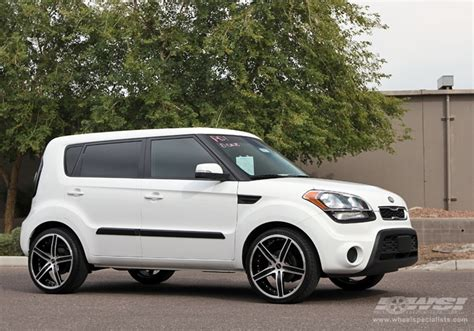 Kia Soul Aftermarket Wheels Kia Soul Custom Wheels Mkw M107 20x Et Tire Size R20