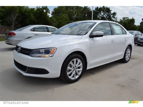 volkswagen sedan white pure white 2014 volkswagen jetta se sedan exterior photo