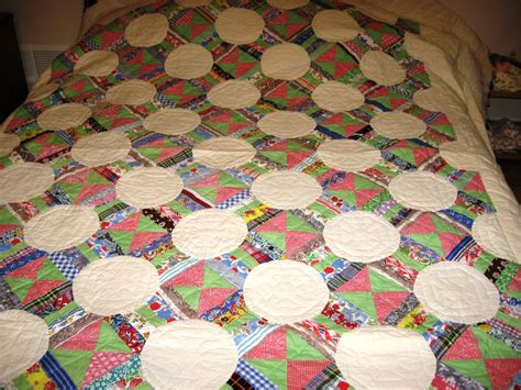 The Patchwork Quilt Summary - patchwork quilted quilt f 155 country living
